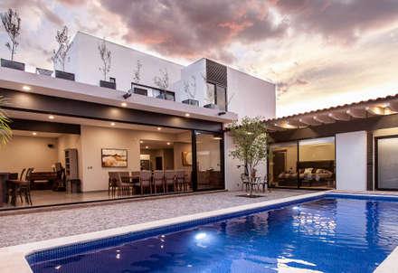 泳池 by Loyola Arquitectos