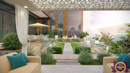 Landscaping ideas of Katrina Antonovich: mediterranean Houses by Luxury Antonovich Design