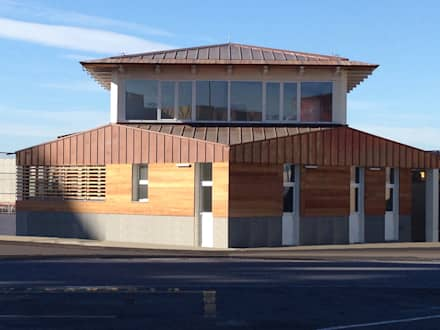 Padiglione per servizi logistici, Genova : Complessi per uffici in stile  di Studio BIANCHI servizi di architettura