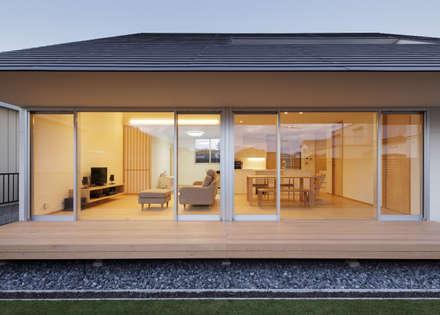 寄居の住宅: カトウアーキテクトオフィスが手掛けた家です。