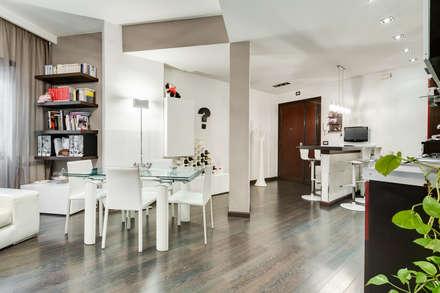 Appio Latino | contemporany: Sala da pranzo in stile in stile Moderno di EF_Archidesign