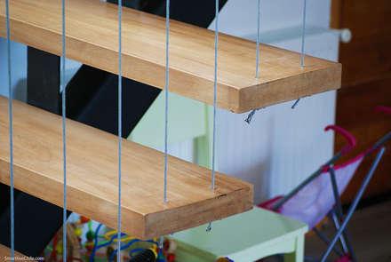 Detalle escalera : Pasillos, hall y escaleras de estilo  por Smartlive Studio
