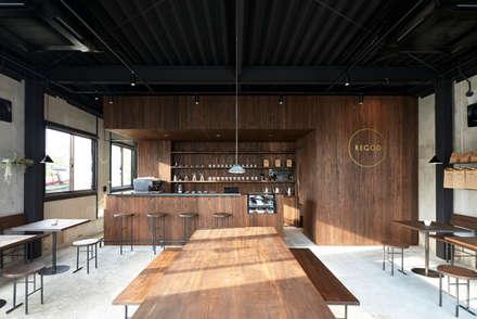 Restoran by Innovation Studio Okayama