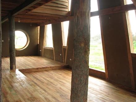 : Livings de estilo moderno por Estudio Terra Arquitectura & Restauro