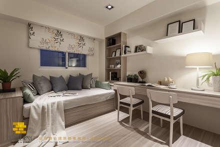 次臥一:  臥室 by 垼程建築師事務所/浮見月設計工程有限公司