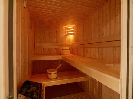 Duingolf Ameland: moderne Spa door Hinabaay