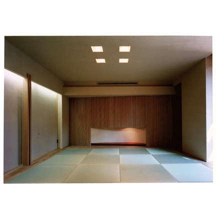 地階ゲストルーム(和室): 豊田空間デザイン室 一級建築士事務所が手掛けた和室です。