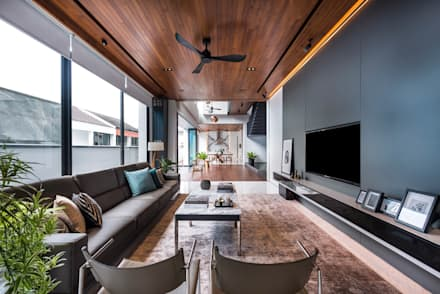 Courtyard House: modern Living room by ming architects