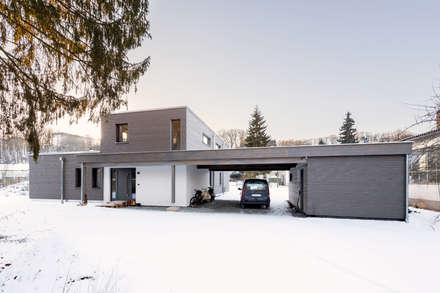 wohnhaus b: moderne Häuser von sebastian kolm architekturfotografie