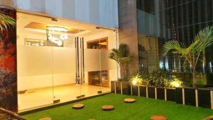 สวน by Shadab Anwari & Associates.