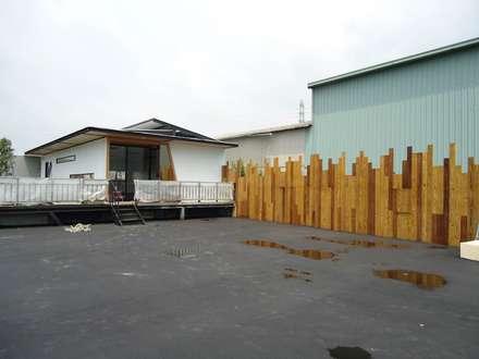 環保概念館:  住宅 by 石方室內裝修有限公司