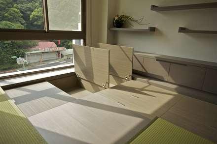 modern Study/office by 觀林設計