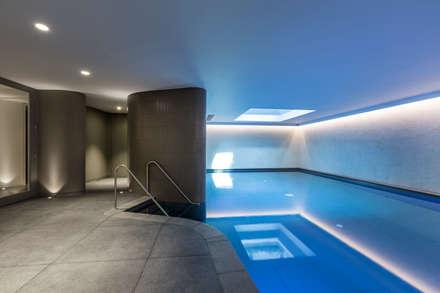 Swimming pool: modern Pool by Studio Mark Ruthven