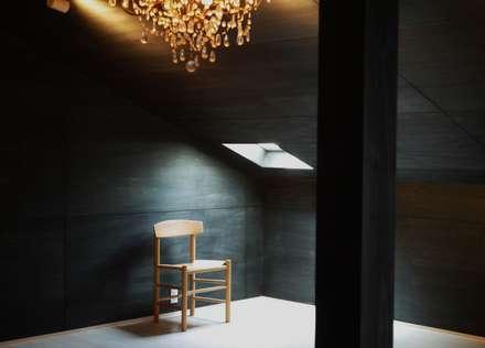 A'greatの家: 風景のある家.LLCが手掛けた寝室です。