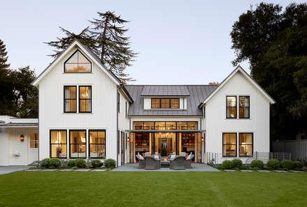 Nhà by Feldman Architecture