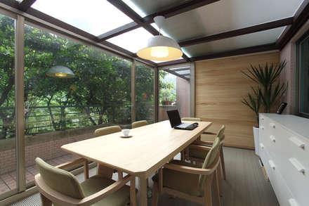 classic Study/office by 直譯空間設計有限公司