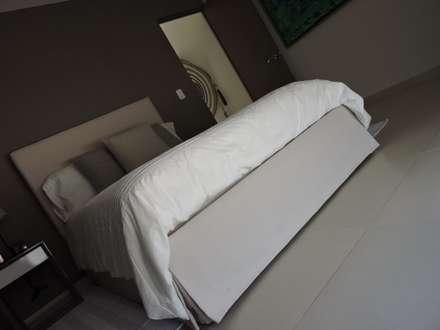 Phòng ngủ by Vau Studio