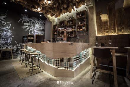 Materia Gastrotasca: Bares y Clubs de estilo  de ESTUDIO SERGIO MACÍAS