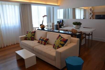 Reforma apartamento J L: Salas de estar modernas por arquitetura.ac
