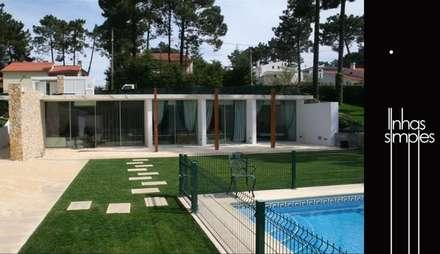 Moradia unifamiliar / Dwelling: Casas modernas por Linhas Simples