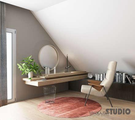Elegante Schlafzimmer: ausgefallene Schlafzimmer von MIKOLAJSKAstudio