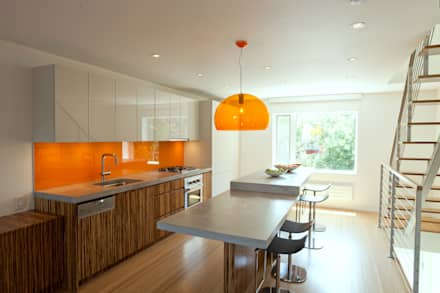 Carroll Gardens Duplex: modern Kitchen by Sarah Jefferys Design