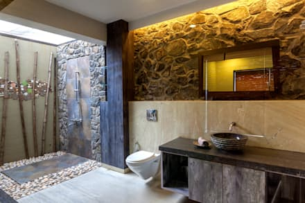 Kavardhara Villa : rustic Bathroom by Inscape Designers