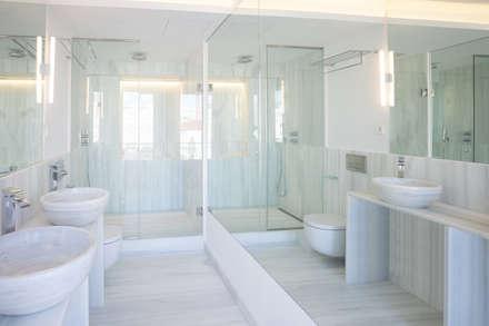 Baño Principal: Baños de estilo minimalista de Maroto e Ibañez Arquitectos