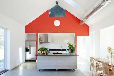 Kitchen: modern Kitchen by ZeroEnergy Design