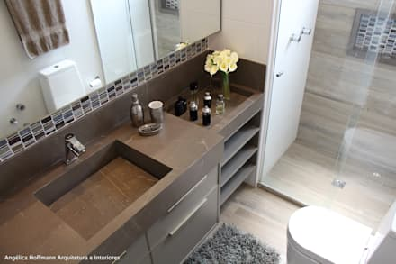 Quartier Perdizes: Banheiros modernos por Angélica Hoffmann Arquitetura e Interiores