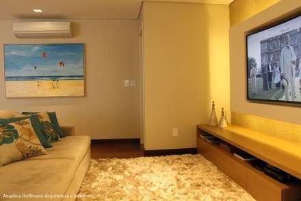 Paradiso Vila Mariana: Salas de estar modernas por Angelica Hoffmann Arquitetura e Interiores