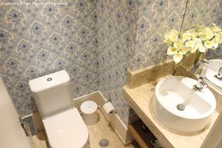 ห้องน้ำ by Angélica Hoffmann Arquitetura e Interiores