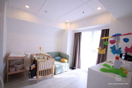 嬰兒房:  嬰兒/兒童房 by 協億室內設計有限公司