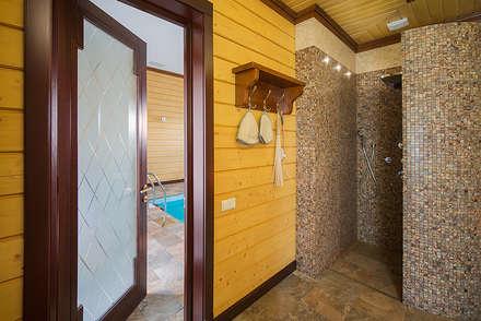 Дом и баня в поселке Гавриково, МО.: Бассейн в . Автор – ItalProject