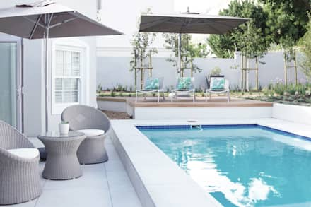 Pool area: colonial Pool by Salomé Knijnenburg Interiors