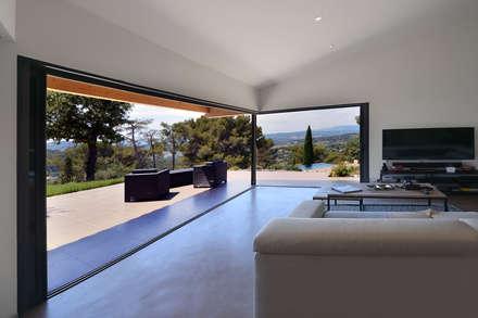mediterranean Living room by Atelier Jean GOUZY