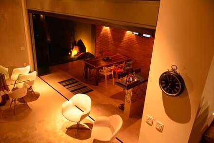 ausgefallene Esszimmer von Caio Pelisson - Arquitetura e Design