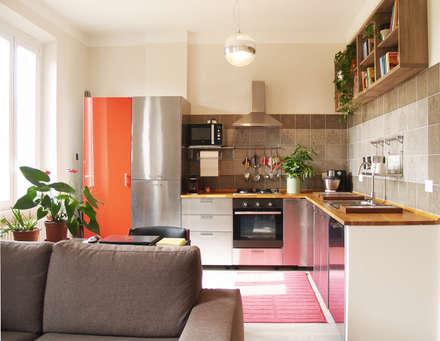LA CUCINA: Cucina in stile in stile Scandinavo di Archenjoy - Studio di Architettura -