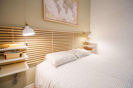 Diseño Acogedor Minipiso en el centro de Málaga: Dormitorios de estilo escandinavo de DIKA estudio