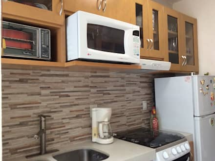 Remodelación Cocina: Cocinas de estilo moderno por InGeniotika