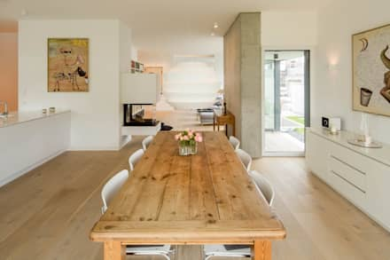 Haus P: moderne Esszimmer von Ferreira | Verfürth Architekten