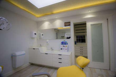 Clinics by TEKNİK SANAT MİMARLIK LTD. ŞTİ.