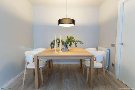APARTAMENTO POBLENOU : Comedores de estilo escandinavo de Pia Estudi