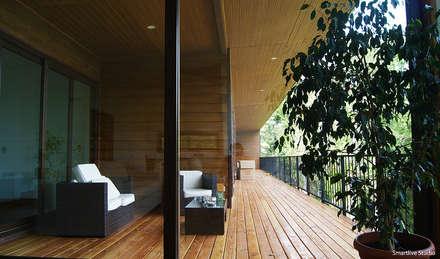 Casa R / Valdivia: Terrazas  de estilo  por Smartlive Studio