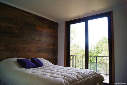 Casa R / Valdivia: Dormitorios infantiles de estilo moderno por Smartlive Studio