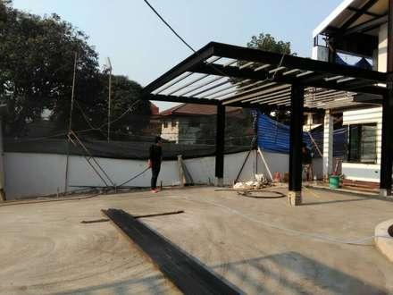 NHO PROJECT renovation:  ระเบียงและโถงทางเดิน by  good space  plus interiror- architect co.,ltd