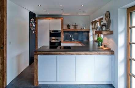 Schon Harley Davidson Zu Hause: Ausgefallene Küche Von W. Raum Architektur +  Innenarchitektur