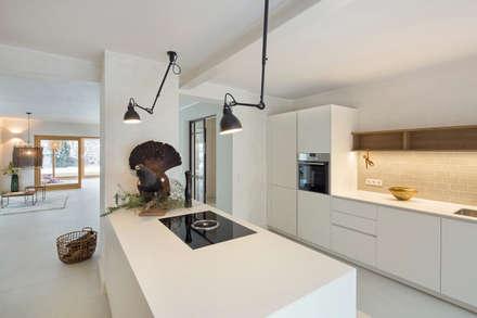 Schon Kücheninsel: Moderne Küche Von CARLO Berlin   Architektur U0026 Interior Design