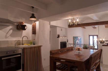 Comedor: Comedores de estilo rural de FGMarquitecto