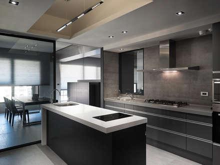 : minimalistic Kitchen by Taipei Base Design Center